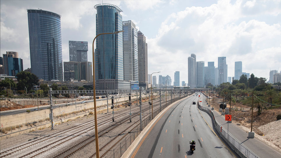 Ayalon-Highway in Tel Aviv im Lockdown, September 2020. Foto: Activestills